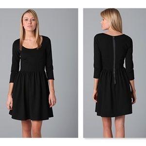 Club Monaco Black Frida 3/4 Sleeves Dress